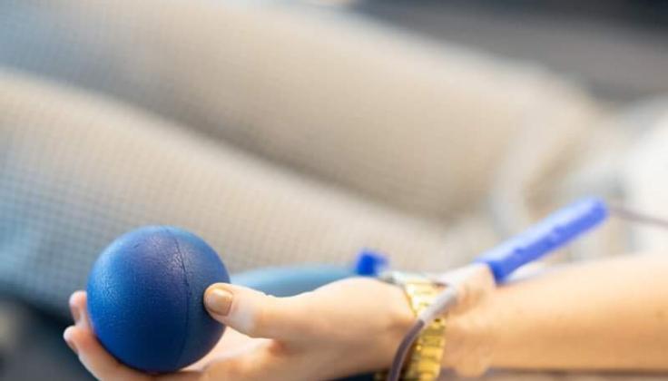Šalyje įvedus karantiną, sutriko kraujo donorystė: kad užtikrintume būtinąją pagalbą, kasdien Santaros klinikose kraujo turi duoti 100 donorų