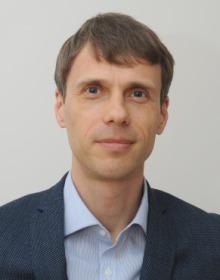 DR. Edgaras Dlugauskas